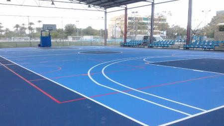 Pista polideportiva en Albufereta (Alicante)