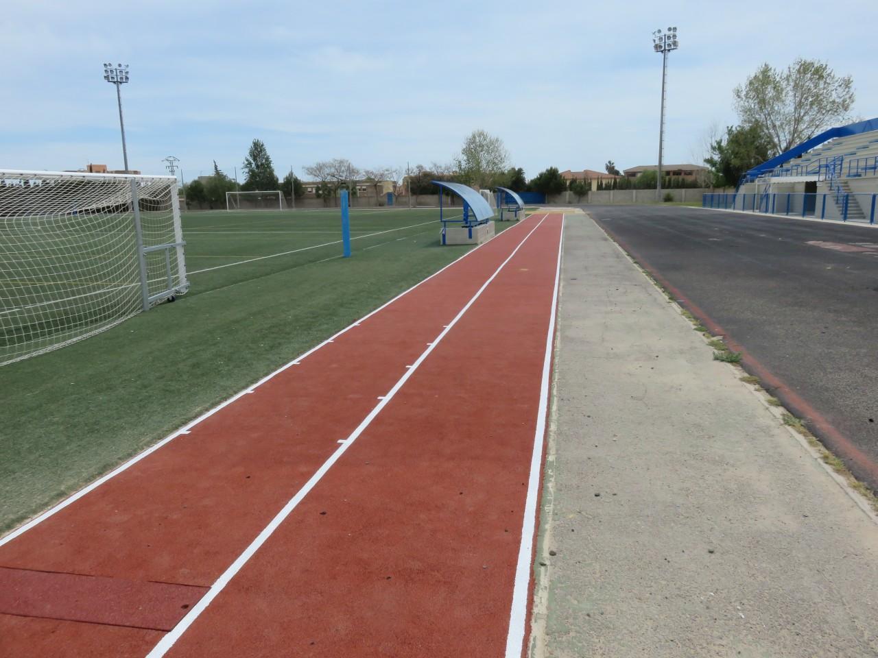 Recta de Salto de longitud en Polideportivo Los Olmos