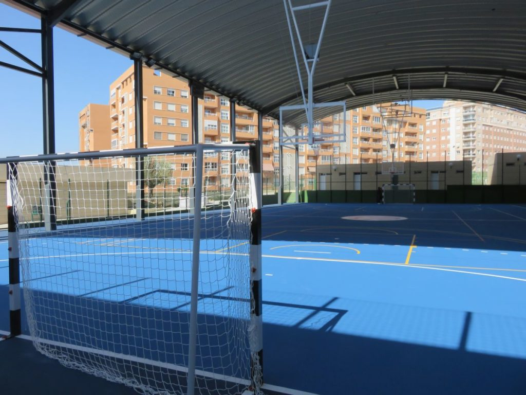 Obra salesianos alicante global grass for Gimnasio 46010