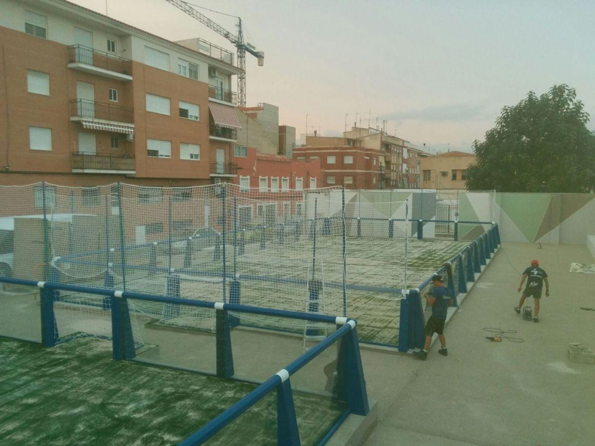 Pistas de Fútbol X-Tress y Zona ajardinada en Yecla