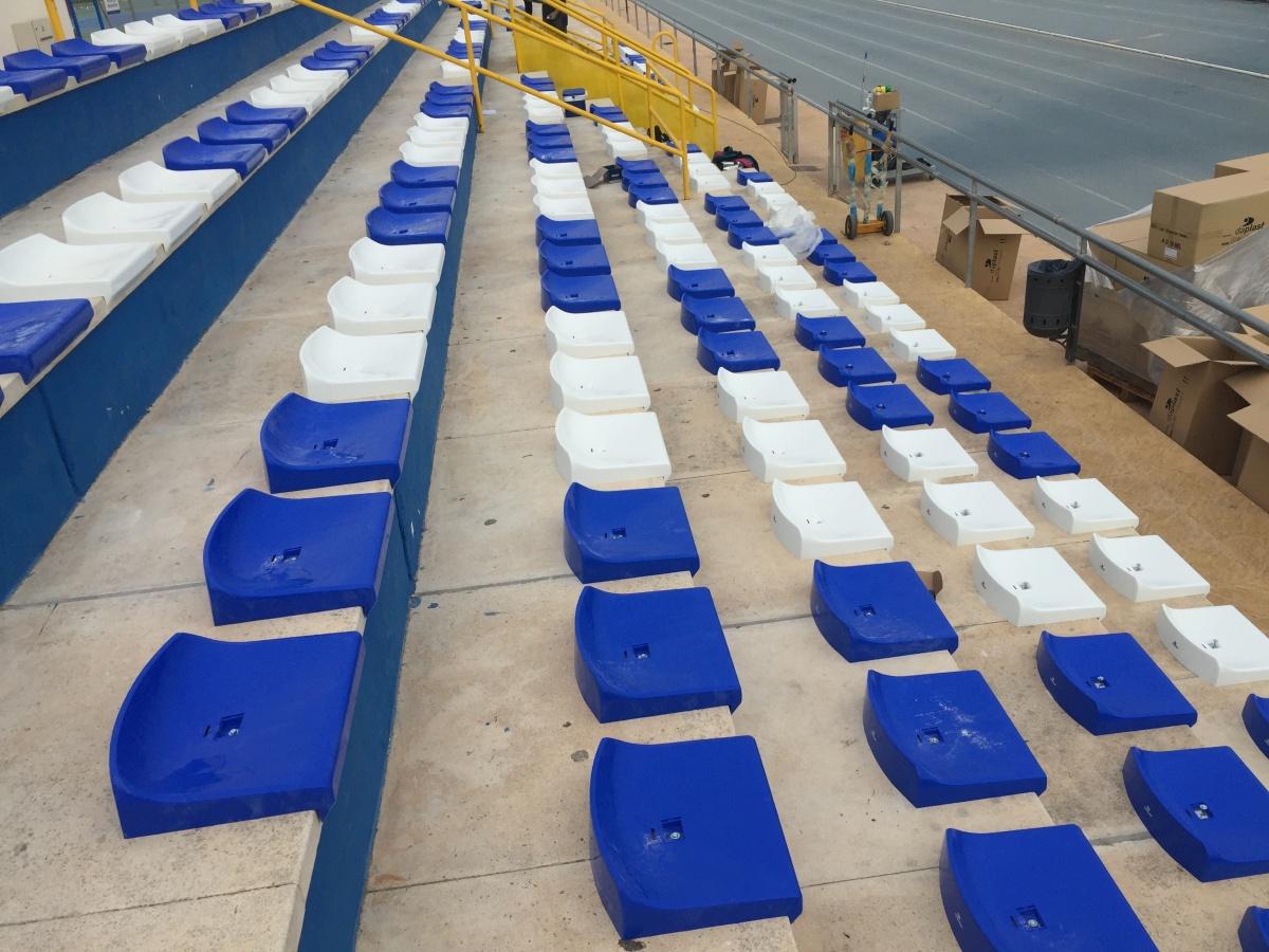 Los polideportivos de Sant Joan d'Alacant, más cómodos con Global Grass