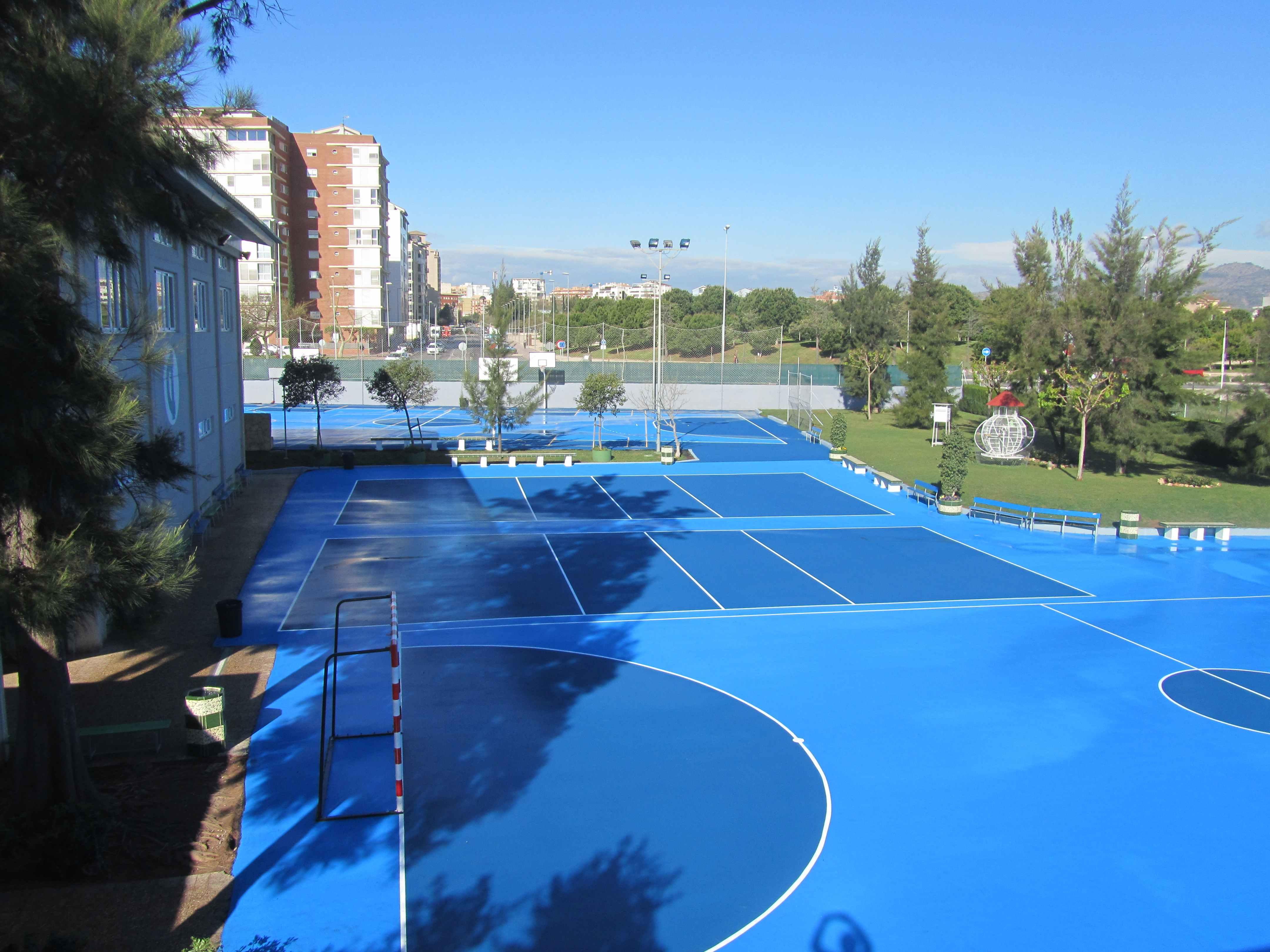 Pavimentación Sportplus  (3.200 m2) en el Colegio Ramiro Izquierdo (Castellón)