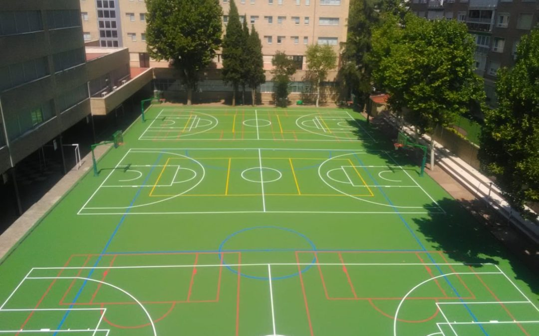 COLEGIO PATROCINIO MADRID  (2.400 M2) PAVIMENTO GLOBAL GRASS SPORTPLUS